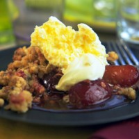 Phil Vickery�s plum, vanilla and allspice crumble with clotted cream recipe