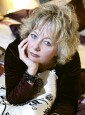 New Directions-Lynda Sanderson-features-lifestyles-woman and home
