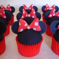 Readers' cupcakes