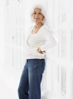 How to dress in your sixties