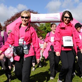 Scone Palace Pink Ribbonwalk 2010-breast cancer care-woman and home