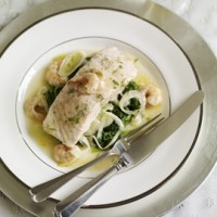 Salmon with prawns, leeks and spinach in a white wine butter sauce recipe