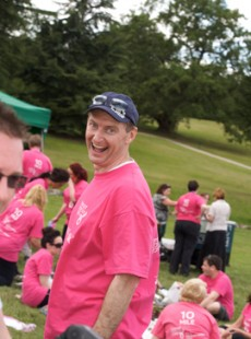 Cholmondeley Castle & Cheshire Pink Ribbonwalk 2011