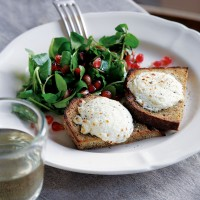 Melted Goats' Cheese on Wholegrain Soda Bread with a Watercress and Pomegranate Salad