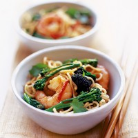 Prawn noodle stir-fry recipe