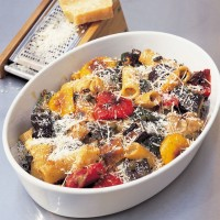 Gratin of rigatoni with roasted vegetables recipe