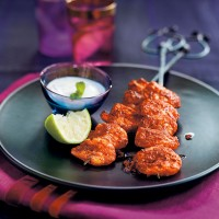 Tandoori marinated prawns with raita recipe