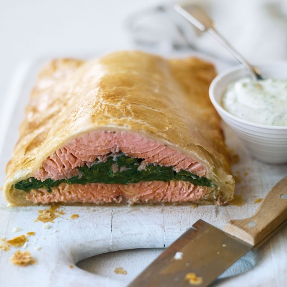 Salmon En Croute Recipe — Dishmaps