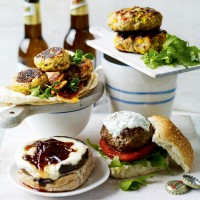 Spicy sweetcorn and turkey burger recipe