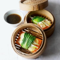 Steamed pak choi and ginger-wrapped salmon recipe