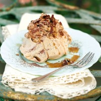 Coffee pavlovas with cappuccino cream recipe