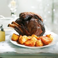 Roast rib of beef with red wine gravy recipe