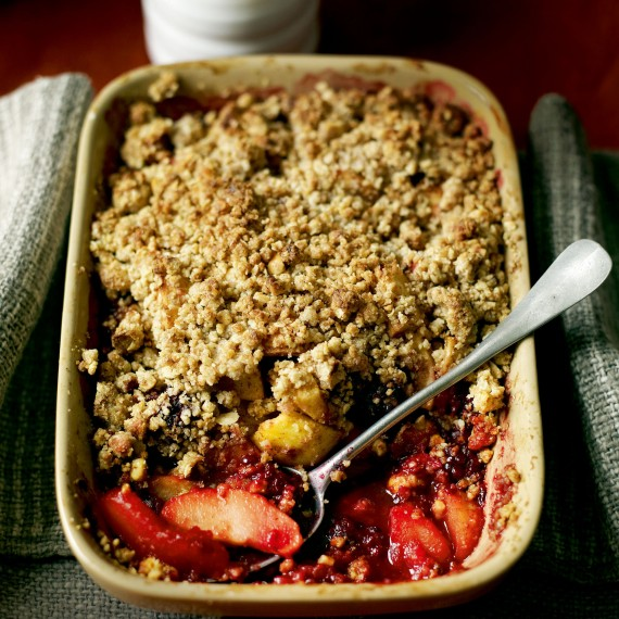 Apple and Blackberry Crumble recipe - Best British Recipes - Woman And ...