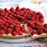 Strawberry and ricotta tart recipe