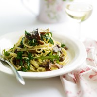 Mushroom, Rocket and Parmesan Linguine