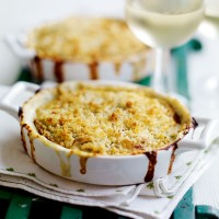 Cheesy prawn gratin recipe
