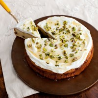 Lemony yogurt drizzle cake recipe