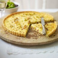 Gruy�re, bacon and leek tart recipe
