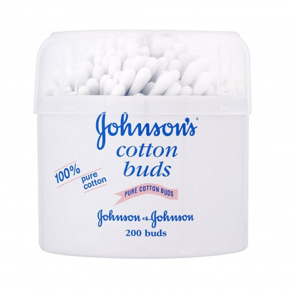 Johnson's Cotton Buds-6 steps to smoky eyes-beauty-woman and home-cosmetics