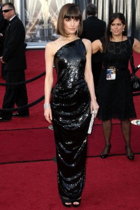 Top 10 Oscar Dresses 2012