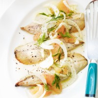 Mackerel with Grapefruit and Fennel Salad