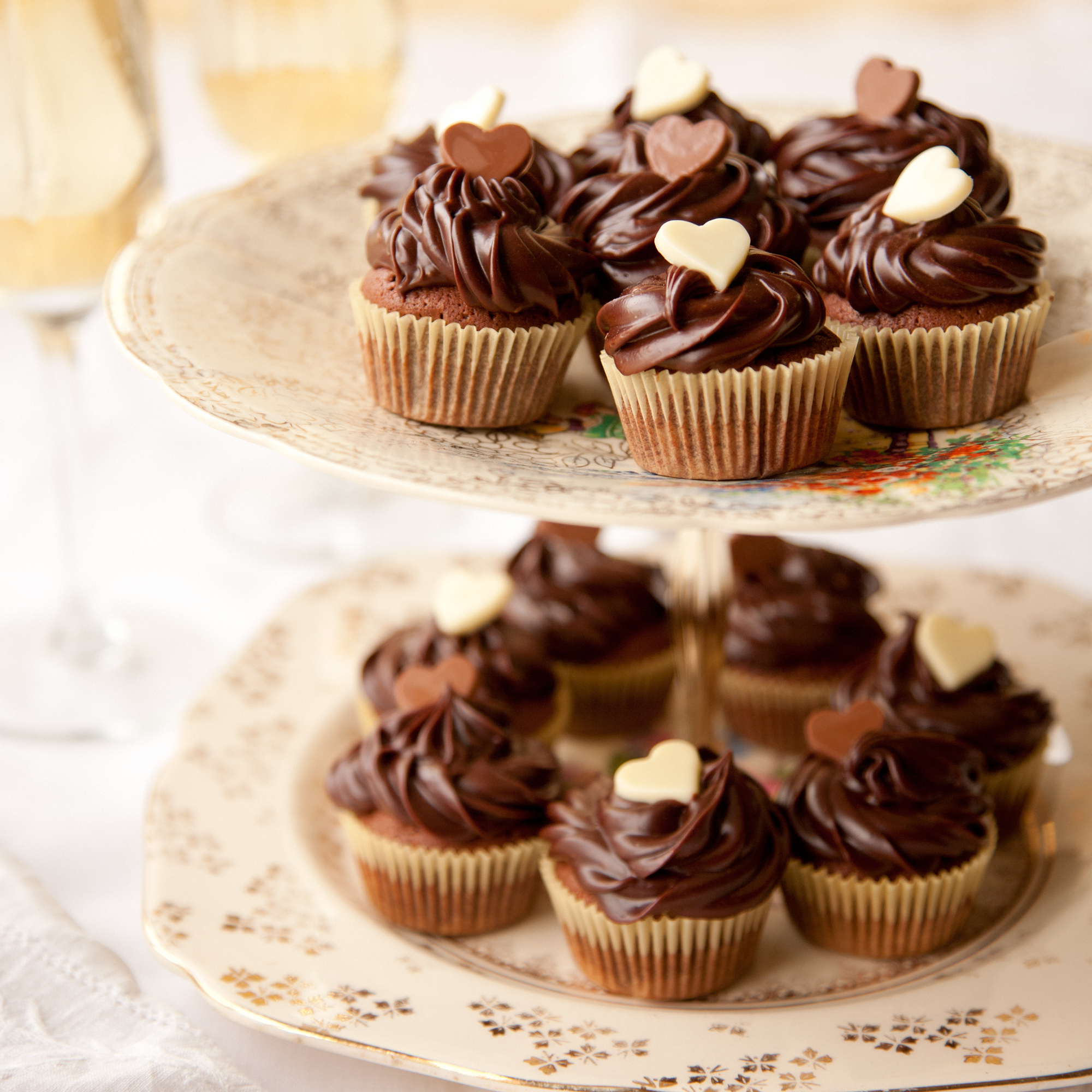mini brownie cupcakes with ganache topping woman and home. Black Bedroom Furniture Sets. Home Design Ideas