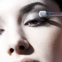 VIDEO: How To Do The Perfect Smoky Eye