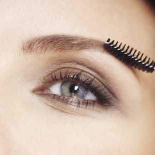 How Your Brows Can Benefit Women With Cancer