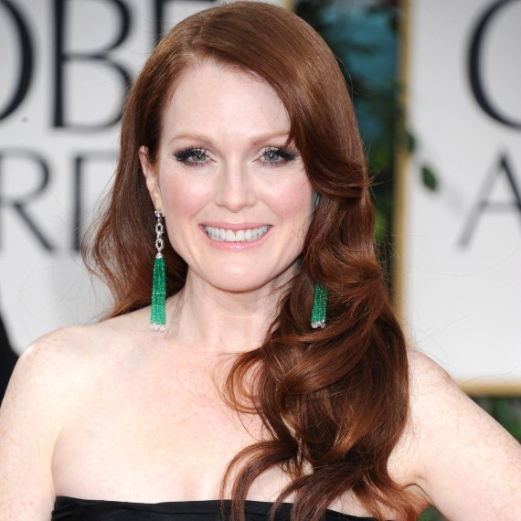 best hair and beauty golden globes 2012-woman and home-Julianne Moore