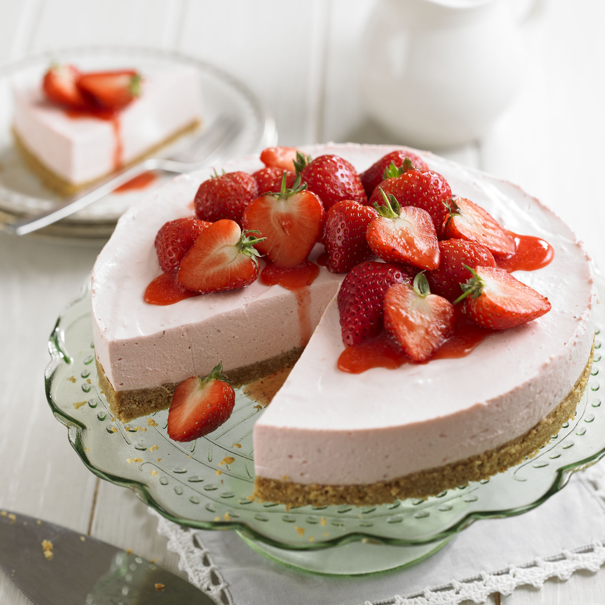 Strawberry Cheesecake With Strawberry Sauce