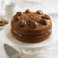 Coffee &amp; pecan victoria sponge cake recipe