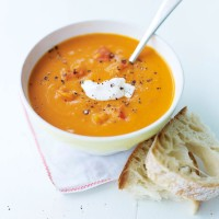 Spicy red pepper and lentil soup recipe