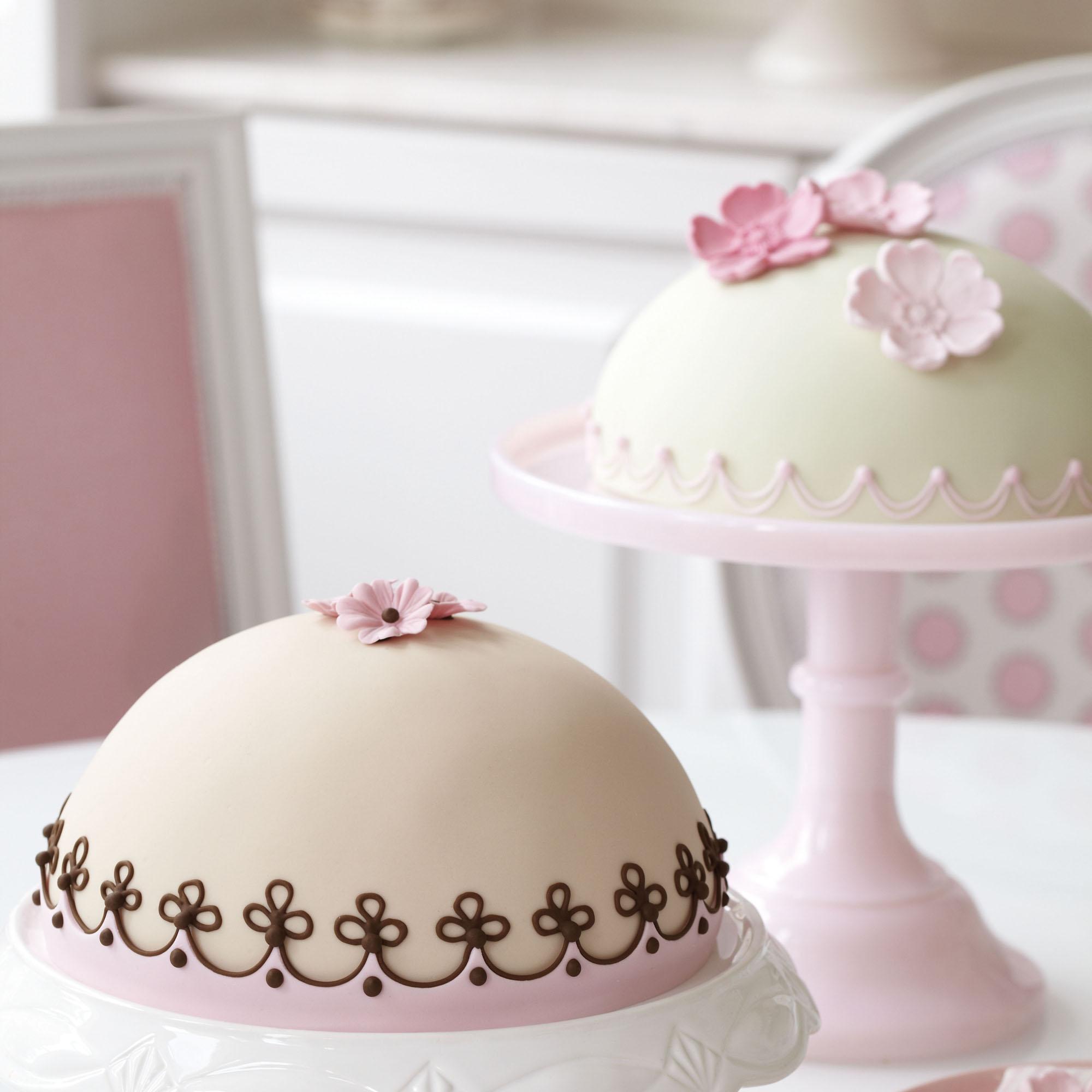 how to make boutika cake