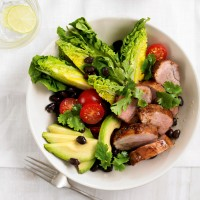 Pork tenderloin salad with lime dressing