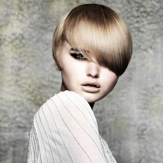 Blonde crop hairstyle-hair-hairstyles-autumn winter hairstyles-beauty-woman and home