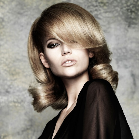 Vintage blow dry hairstyle-hair-hairstyles-autumn winter hairstyles-beauty-woman and home