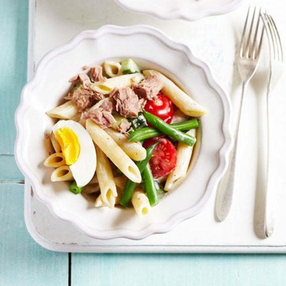 French-tuna-nicoise-pasta-recipe-photo