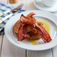 Eggy Crumpets and Bacon