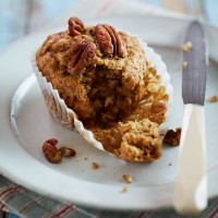 Banana and pecan oat muffins recipe