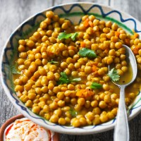 Moroccan Chickpeas with Saffron and Coriander