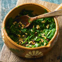 Roman-style Spinach with Raisins and Pine Nuts