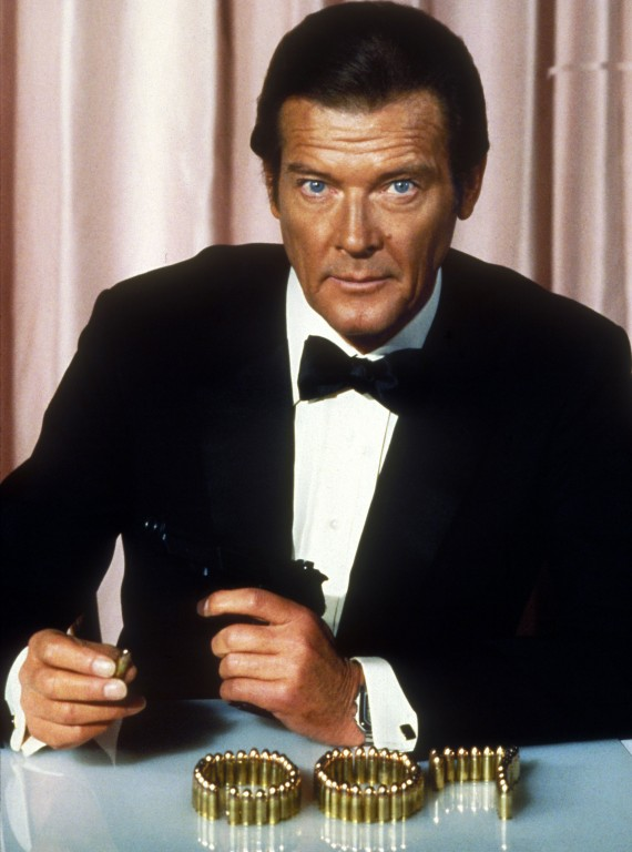 james bond roger moore - photo #17