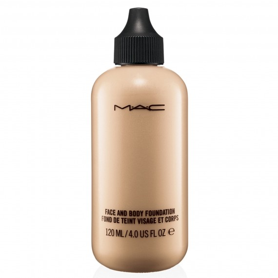 MAC Face & Body Foundation photo