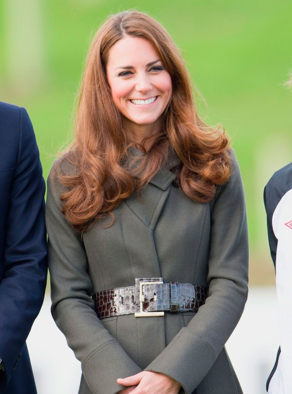 Photo of Kate Middleton in a grey Reiss coat