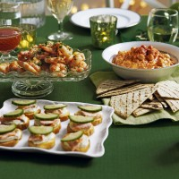 Roasted red pepper houmous with tortillas