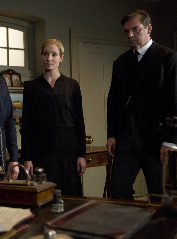 Anna and Bates Downton Abbey Series 3 Episode 8 photo