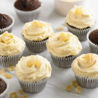 Gingerbread Cupcakes with Golden Syrup Icing
