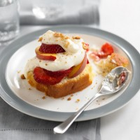 Peach and Panettone Trifle Recipe