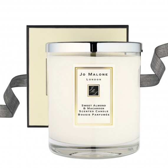 Photo of Jo Malone Sweet Almond & Macaroon Deluxe Candle