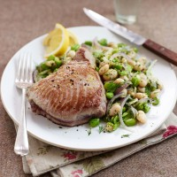 Seared Tuna with Sesame &amp; Ginger Salad Recipe